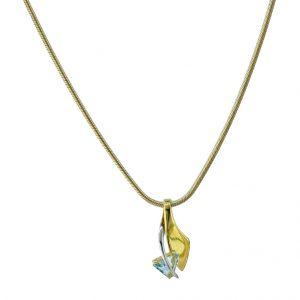 R622E 9ct Gold Blue Topaz Pendant plus Chain